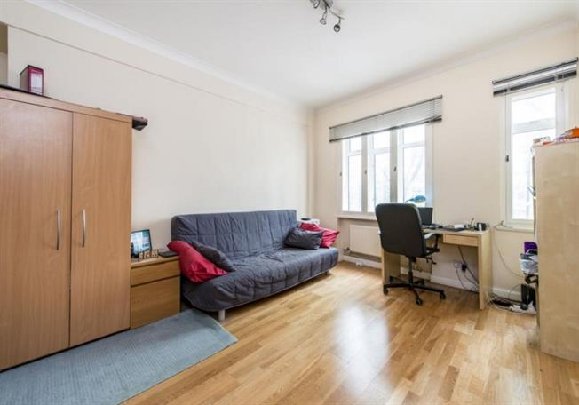 £1,408  per Calendar Month (Calculated), Flat To Rent in London, NW1