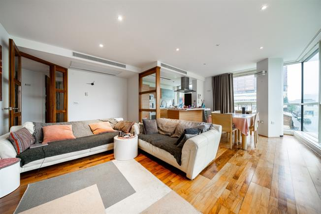 £3,683  per Calendar Month (Calculated), 3 Bedroom Apartment To Rent in London, W2