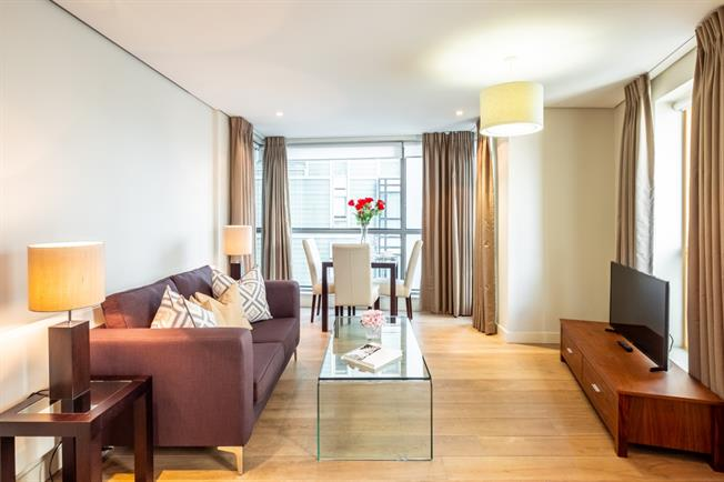 £2,470  per Calendar Month (Calculated), 1 Bedroom Apartment To Rent in London, W2