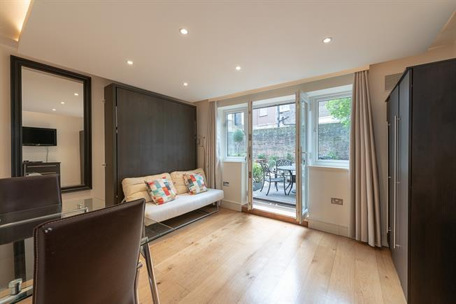 £1,473  per Calendar Month (Calculated), Flat To Rent in London, W2