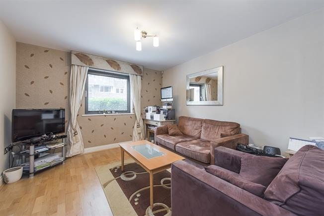 £2,708  per Calendar Month (Calculated), 2 Bedroom Apartment To Rent in London, SW1P