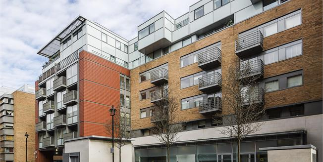 £3,011  per Calendar Month (Calculated), 2 Bedroom Flat To Rent in London, SW1P