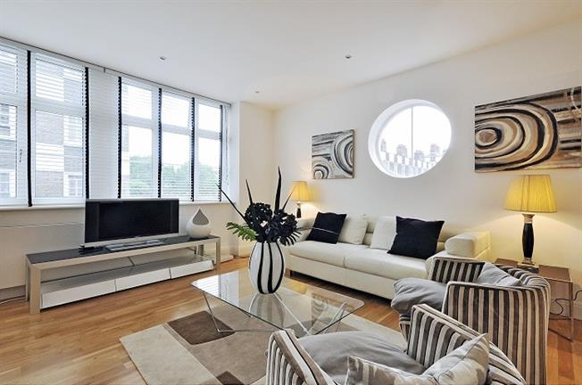 £2,816  per Calendar Month (Calculated), 3 Bedroom Apartment To Rent in London, SW1P