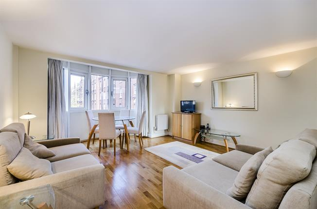 £2,249  per Calendar Month (Calculated), 2 Bedroom Flat To Rent in London, SW1P