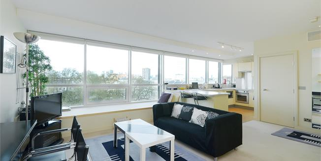 £2,058  per Calendar Month (Calculated), Flat To Rent in London, SW1V