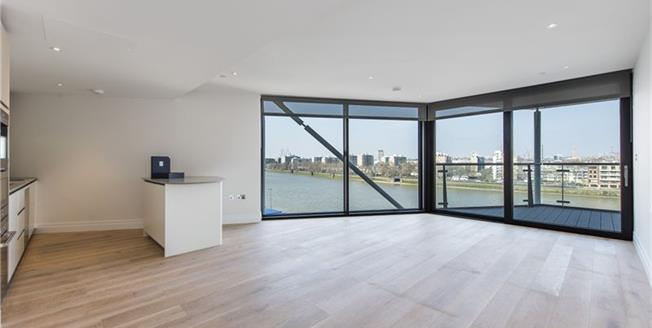 £3,726  per Calendar Month (Calculated), 3 Bedroom Flat To Rent in London, SW8