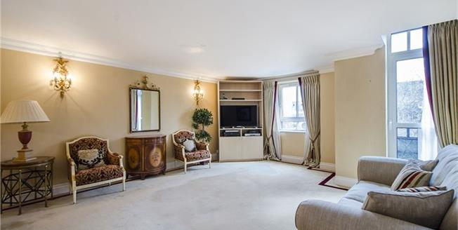 £4,311  per Calendar Month (Calculated), 3 Bedroom Flat To Rent in London, SW1P