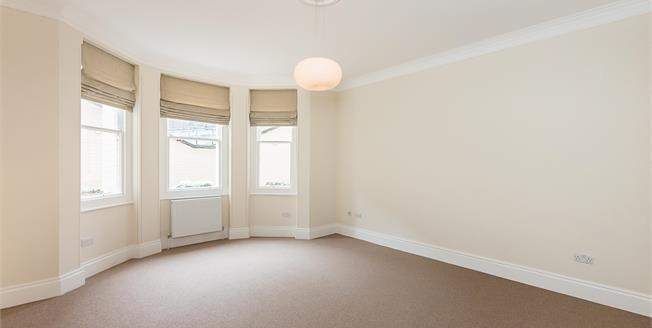 £2,708  per Calendar Month (Calculated), 2 Bedroom Flat To Rent in London, SW1P