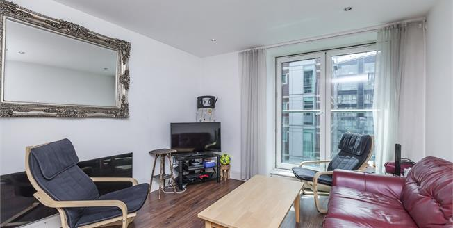 £3,011  per Calendar Month (Calculated), 3 Bedroom Flat To Rent in London, SE1