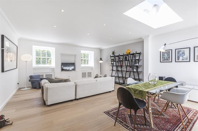 £3,791  per Calendar Month (Calculated), 3 Bedroom Apartment To Rent in London, SW1V