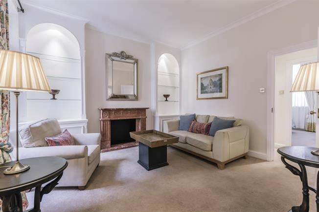 £1,820  per Calendar Month (Calculated), 1 Bedroom Flat To Rent in London, SW1V
