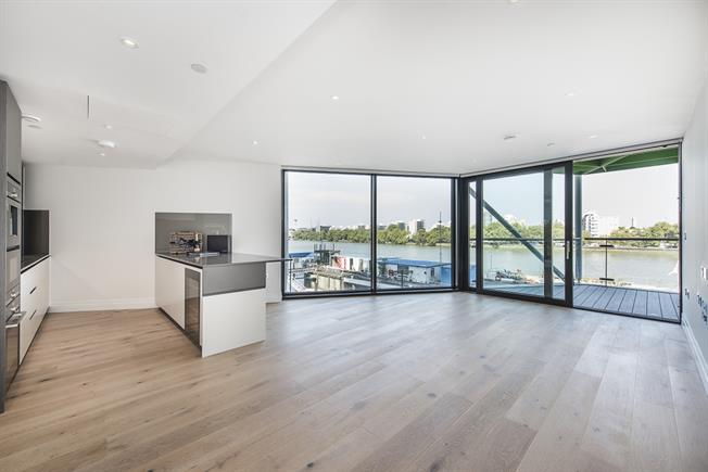 £3,791  per Calendar Month (Calculated), 3 Bedroom Apartment To Rent in London, SW11