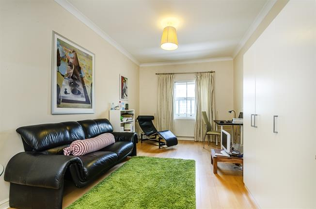 £2,275  per Calendar Month (Calculated), 2 Bedroom Apartment To Rent in London, SW1V