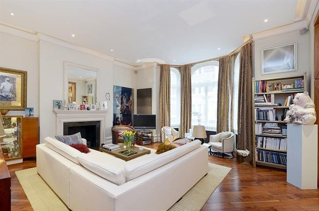 £5,850  per Calendar Month (Calculated), 3 Bedroom Flat To Rent in London, SW1P