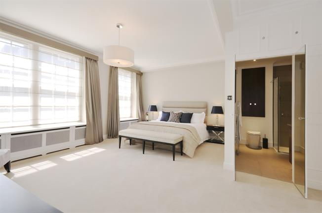 £4,766  per Calendar Month (Calculated), 2 Bedroom Flat To Rent in London, SW1H