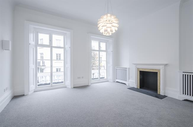 £3,445  per Calendar Month (Calculated), 3 Bedroom Maisonette To Rent in London, SW1V