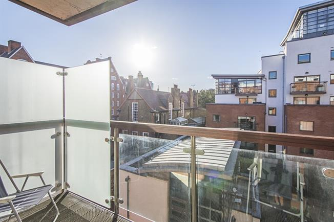 £4,333  per Calendar Month (Calculated), 2 Bedroom Apartment To Rent in London, SW1P