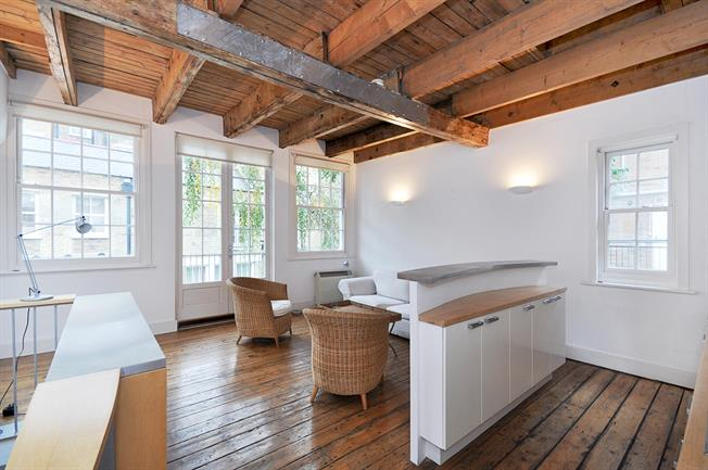£2,231  per Calendar Month (Calculated), 1 Bedroom Mews House To Rent in London, SW1V