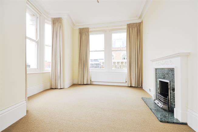 £3,878  per Calendar Month (Calculated), 3 Bedroom Apartment To Rent in London, SW1P