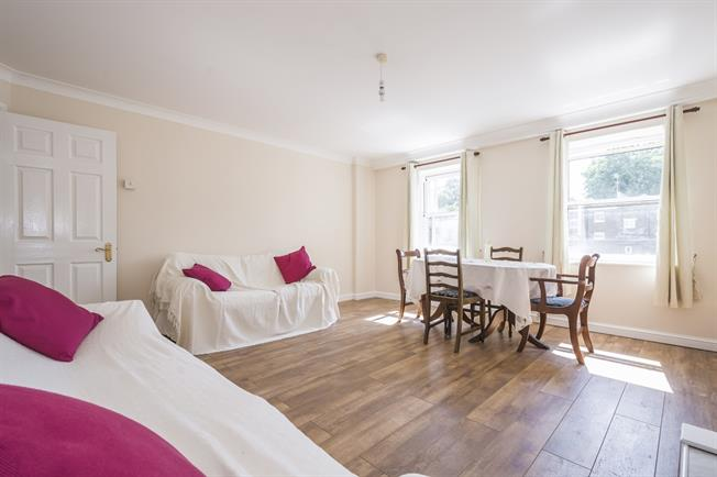 £2,383  per Calendar Month (Calculated), 2 Bedroom Apartment To Rent in London, SW1V