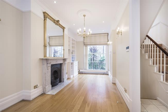 £6,933  per Calendar Month (Calculated), 5 Bedroom Terraced House To Rent in London, SW1V