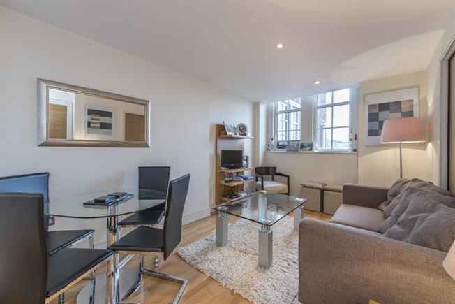 £2,231  per Calendar Month (Calculated), 2 Bedroom Apartment To Rent in London, SW1P