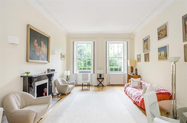 £5,633  per Calendar Month (Calculated), 3 Bedroom Apartment To Rent in London, SW1V