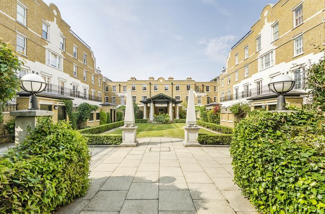 £3,683  per Calendar Month (Calculated), 3 Bedroom Town House To Rent in London, SW1V