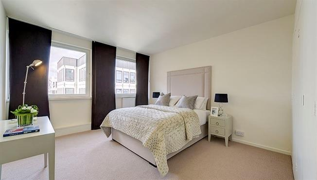 £2,296  per Calendar Month (Calculated), 1 Bedroom Apartment To Rent in London, SW1P