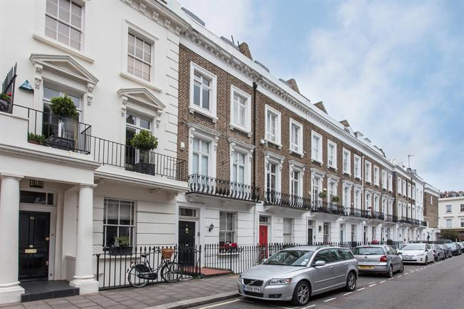 £4,745  per Calendar Month (Calculated), 5 Bedroom Terraced House To Rent in London, SW1V