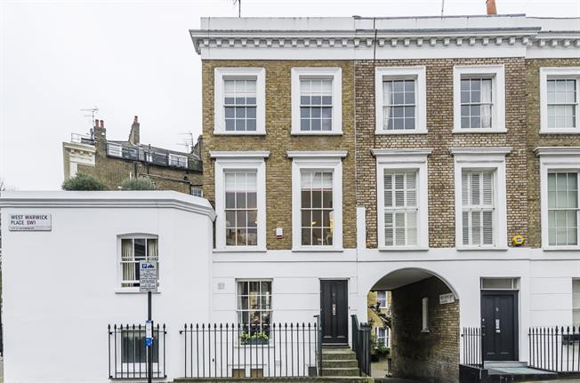 £2,990  per Calendar Month (Calculated), 2 Bedroom House To Rent in London, SW1V
