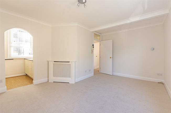 £1,625  per Calendar Month (Calculated), 1 Bedroom Flat To Rent in London, SW1V