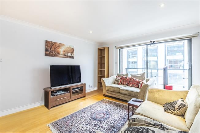 £2,491  per Calendar Month (Calculated), 2 Bedroom Flat To Rent in London, SW1V