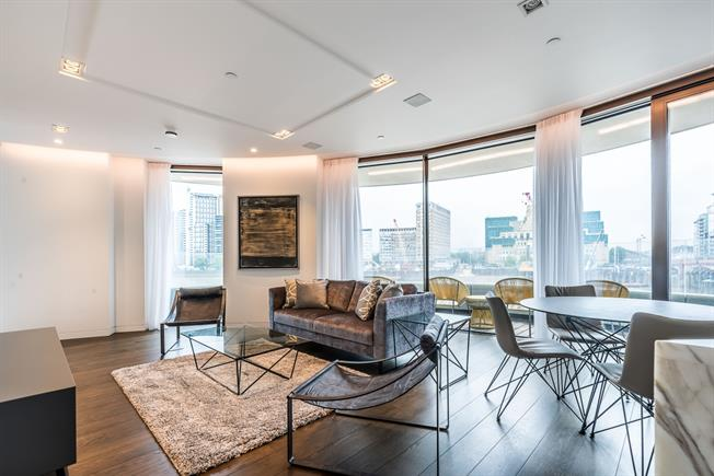 £7,150  per Calendar Month (Calculated), 3 Bedroom Apartment To Rent in London, SW1P