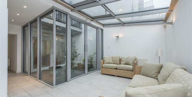 £5,200  per Calendar Month (Calculated), 4 Bedroom Terraced House To Rent in London, SW1V