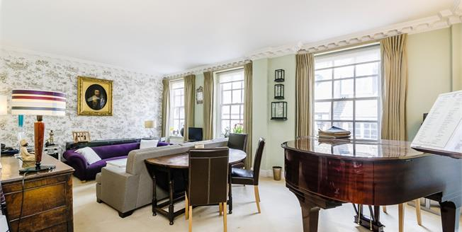 £3,250  per Calendar Month (Calculated), 2 Bedroom Apartment To Rent in London, SW1H