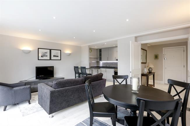 £2,500 per Calendar Month, 2 Bedroom Apartment To Rent in London, SW15