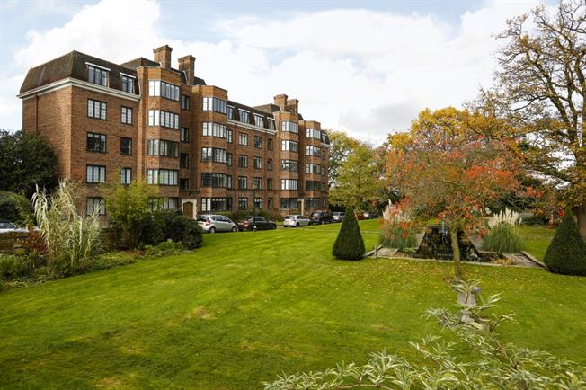 £2,578 per Calendar Month, 3 Bedroom Apartment To Rent in London, SW15
