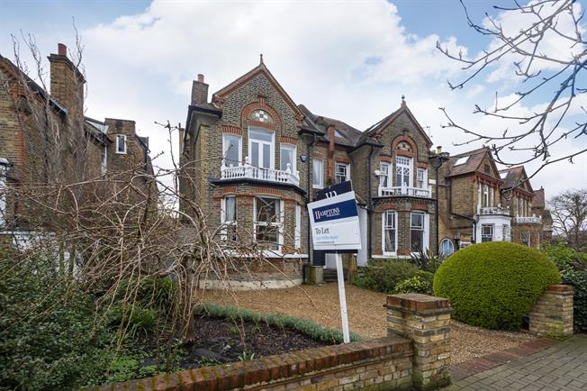 £5,000 per Calendar Month, 5 Bedroom Semi Detached House To Rent in London, SW15