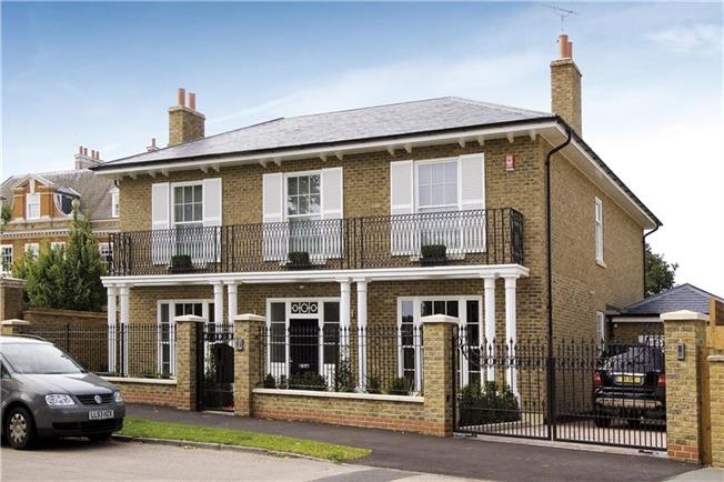 £12,000 per Calendar Month, 5 Bedroom Detached House To Rent in Richmond, TW10