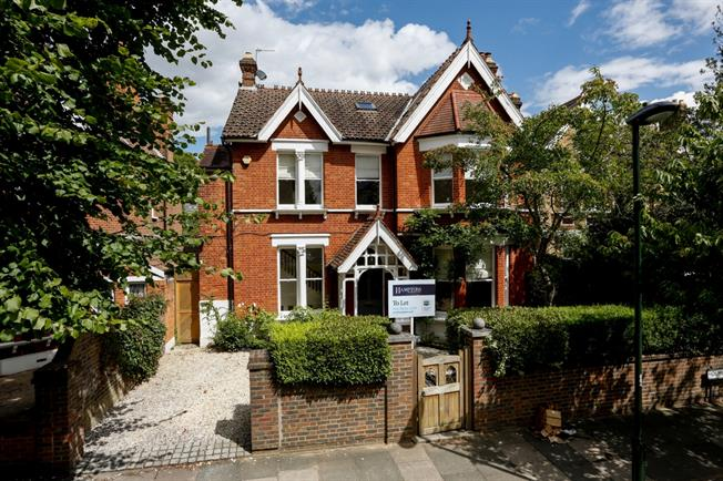 £9,750 per Calendar Month, 6 Bedroom Detached House To Rent in Richmond, TW9