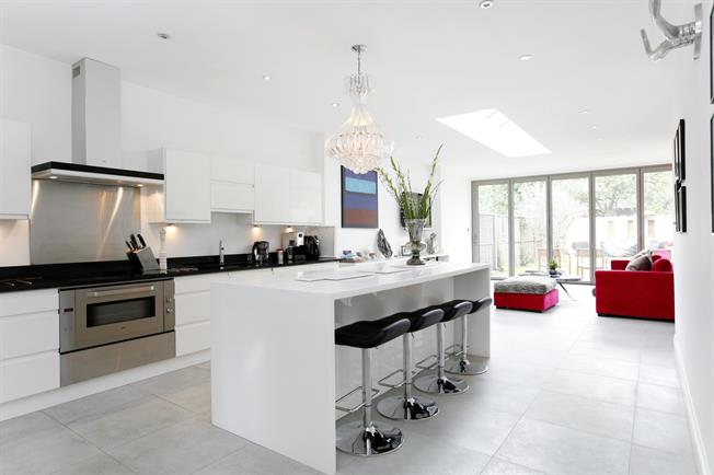 £12,500 per Calendar Month, 5 Bedroom Semi Detached House To Rent in Richmond, TW9