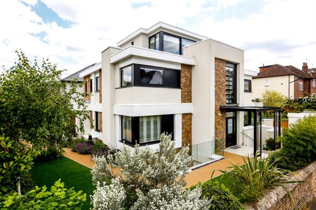 £12,750 per Calendar Month, 7 Bedroom Detached House To Rent in Richmond, TW10