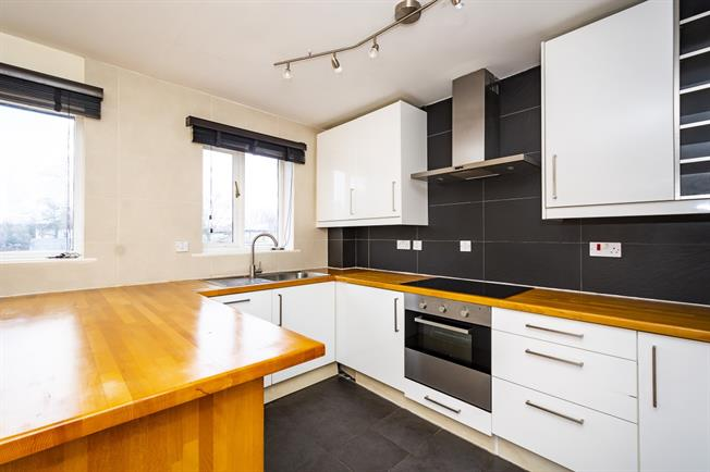 £1,580 per Calendar Month, 2 Bedroom Apartment To Rent in Richmond, TW9