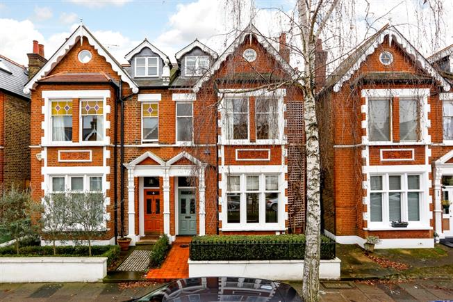 £5,000 per Calendar Month, 6 Bedroom Semi Detached House To Rent in Richmond, TW9