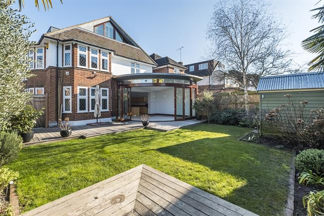 £7,000 per Calendar Month, 5 Bedroom Detached House To Rent in Richmond, TW10