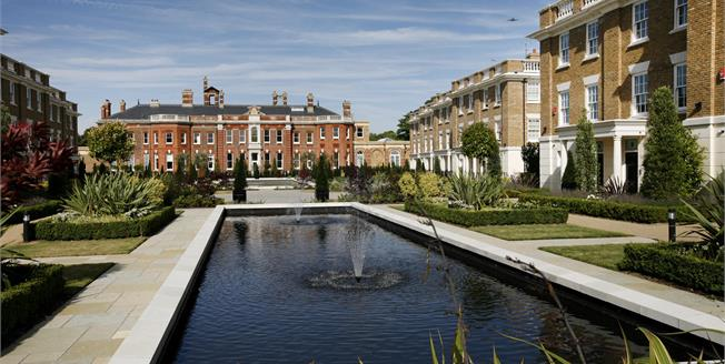 £6,000 per Calendar Month, 5 Bedroom Town House To Rent in Twickenham, TW1
