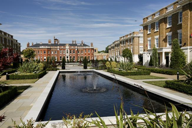 £5,500 per Calendar Month, 5 Bedroom Town House To Rent in Twickenham, TW1
