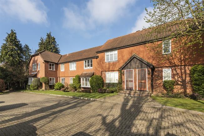 £1,275 per Calendar Month, 2 Bedroom Apartment To Rent in Northwood, HA6
