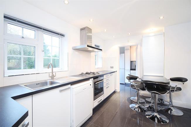 £3,750 per Calendar Month, 4 Bedroom Detached House To Rent in Northwood, HA6